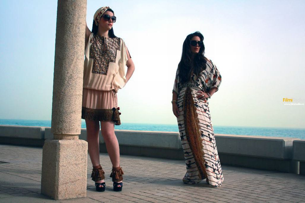 Indian_Designer_Pria_Kataria_Puri_and_Candain_Model_Ms._Natlie_at_Resort_wear_collection,_Morocco,_2011.jpg